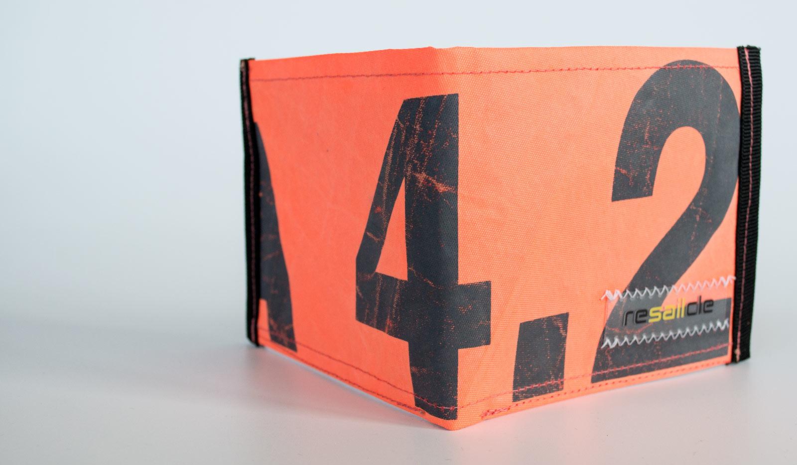 ReSailCle - North Zeta 4.2 wallet