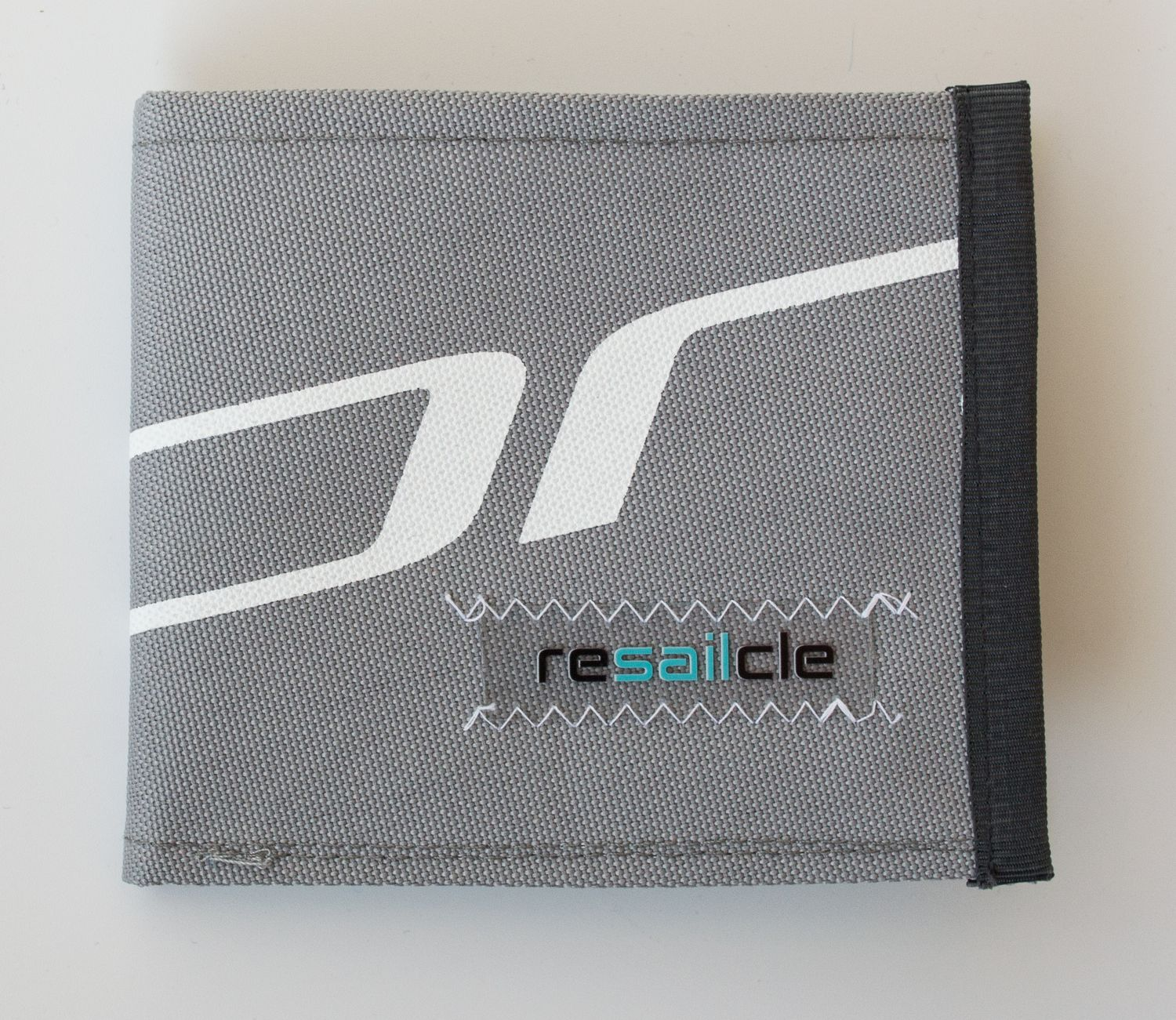 ReSailCle - north grey-blue wallet